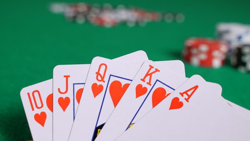Pemahaman-Dasar-Dalam-Bermain-Kartu-Taruhan-Poker